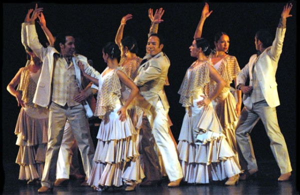 ensemble espanol white costumes